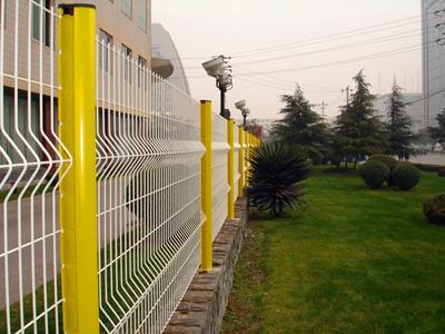 宁夏桃型柱护栏网